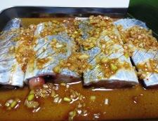 太刀魚の胡麻豆板醤焼き 【下準備】②