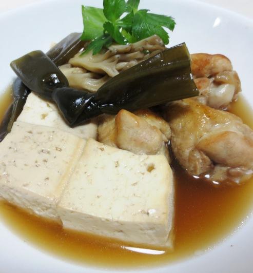 鶏手羽豆腐と結び昆布 B