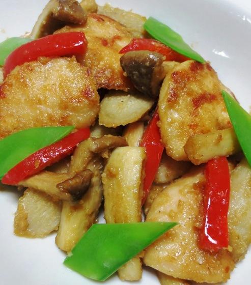 鶏ささみとごぼうの胡麻照り焼き 大①