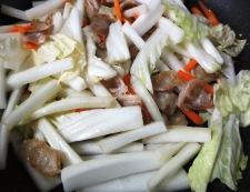 白菜のレモン醤油炒め 調理①