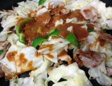 豚肉とキャベツの胡麻味噌炒め 調理③