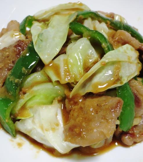 豚肉とキャベツの胡麻味噌炒め B