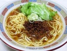 肉味噌レタスラーメン 調理④