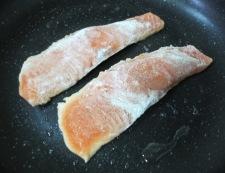 秋鮭の照り焼き 調理①