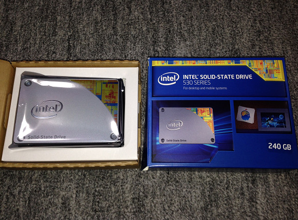 Intel 530 シリーズ SSD 240GB