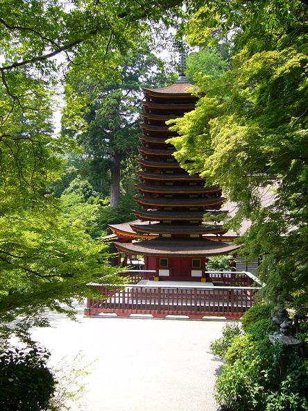 談山神社。新緑と