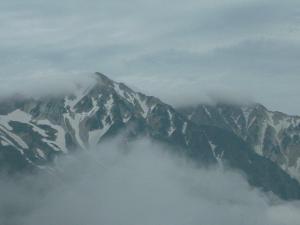 白馬三山と雲