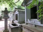 瑞龍寺石廟