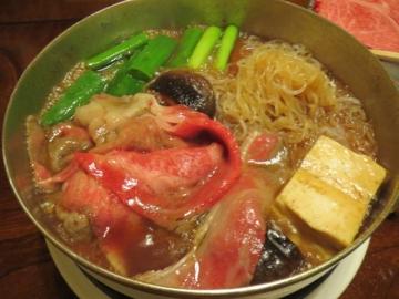 お肉のあとは、豆腐、お野菜、お肉を追加