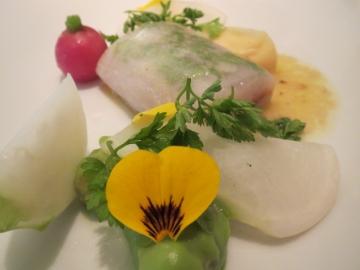 信濃雪鱈アンチョビとバターのソース