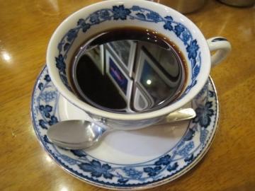 平岡ブレンドコーヒー 320円
