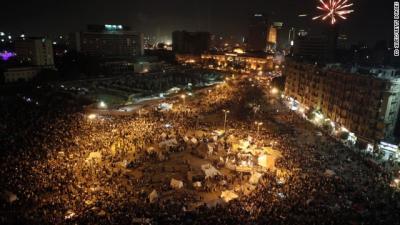 エジプト タハリール広場に集まる人々