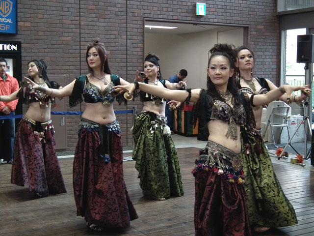 AL CAMARANi-docによるベリーダンス(1)