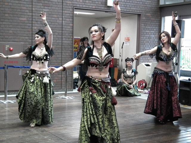 AL CAMARANi-docによるベリーダンス(2)
