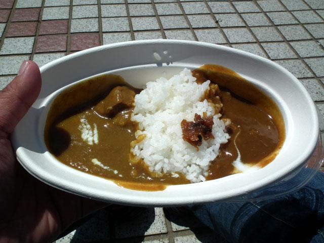 YokosukaCurry2013_4.jpg