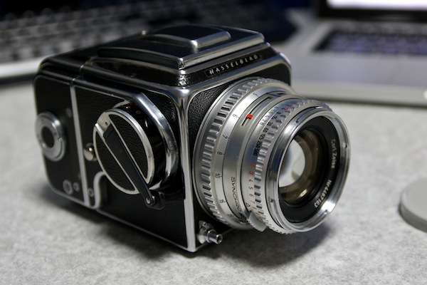 Hasselblad 500C  ?唯一無二の中判カメラ?
