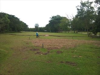 南国お気楽ひとり暮らし-マクタンアイランドゴルフクラブ 10番