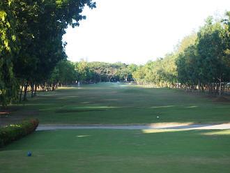 南国お気楽ひとり暮らし-マクタン アイランド ゴルフクラブ 1番ホール