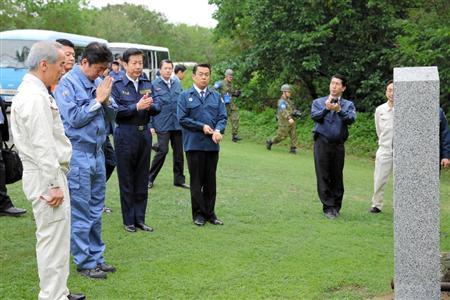 硫黄島で戦没者追悼式 -2