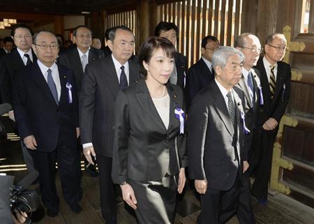 靖国神社への国会議員連の参拝