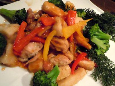 若鶏と根菜の黒酢ソース