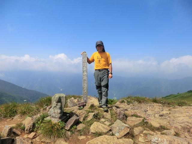 46、朝日岳山頂