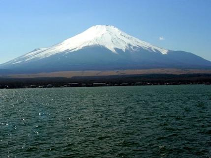 13-3-22 富士山と山中湖