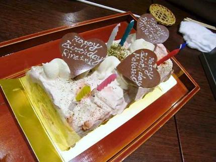 13-4-2夜 ケーキ