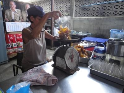 อาหารตามสั่ง ข้างร้านรสเด็ด2013-5