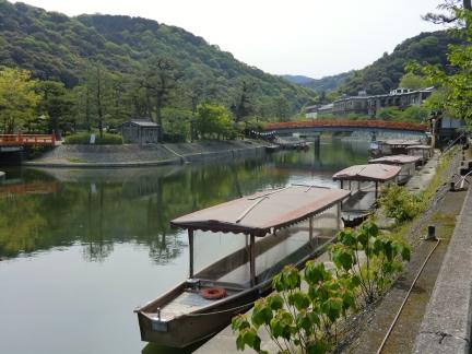 1宇治川と屋形船