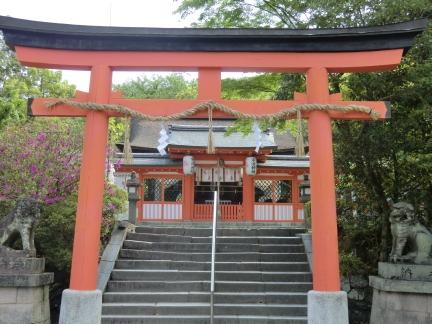 6宇治神社拝殿