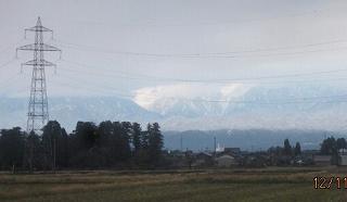 立山は麓まで雪