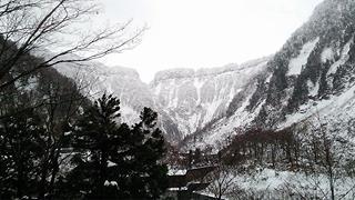 雪の称名滝