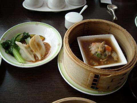 桃季・セロリ水餃子・白身魚のミニハンバーグ
