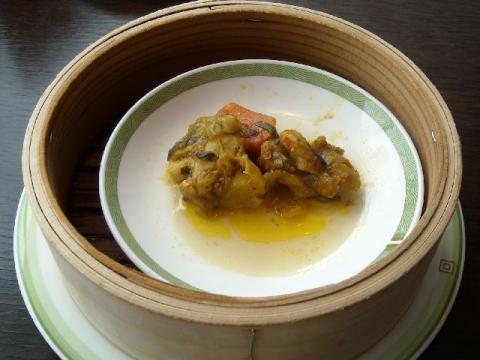 桃季・鶏肉のタイカレー風味2