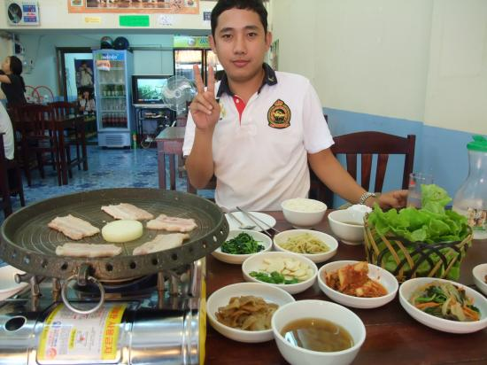 フィリピン人詐欺師と行きつけのラオス・ビエンチャンの韓国レストラン