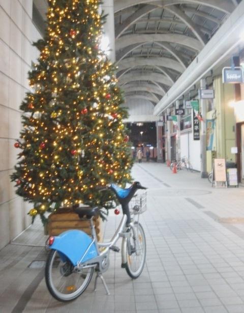 クリスマスツリー大和前201412