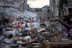haiti_quake_c_02.jpg