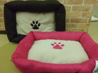 パウ柄ベッド