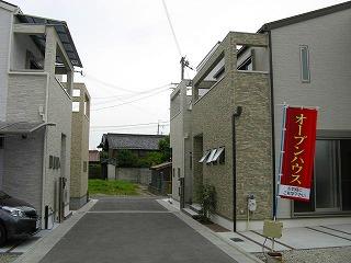 yasuda_facade0601_2013_3.jpg
