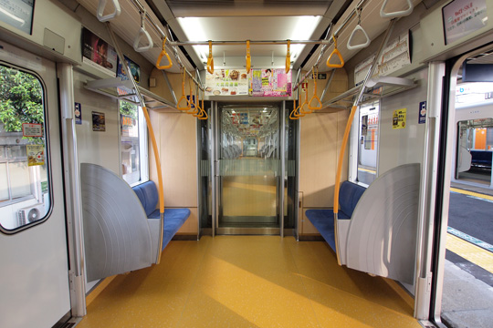 20130504_tokyo_metro_10000-in03.jpg