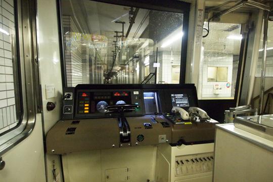 20130706_osaka_subway_66n-cab01.jpg