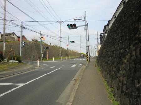 丸崎の坂上信号
