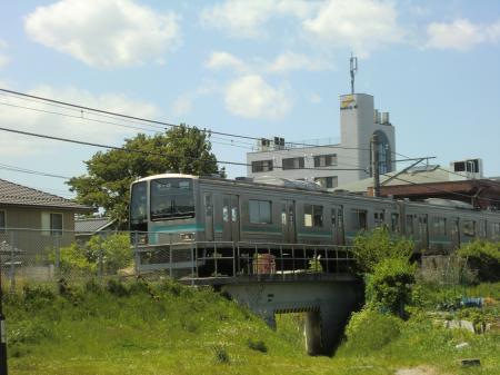 横浜水道みち・JR相模線と交差