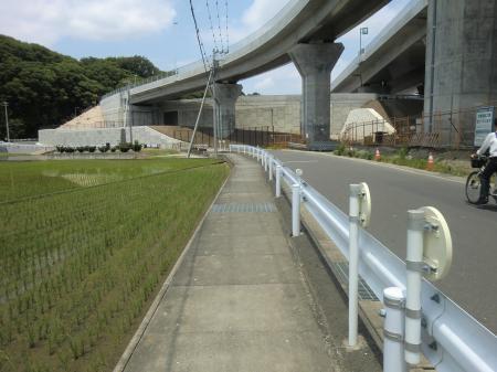 小沢頭首工幹線水路・厚木市関口
