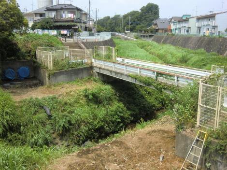 横浜水道鳩川水管橋跡