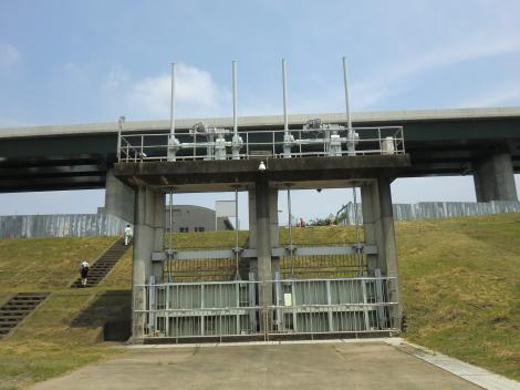 神奈川県内広域水道企業団・川表ゲート