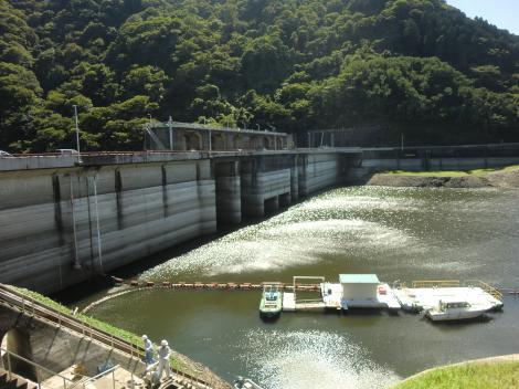 城山ダム・津久井湖
