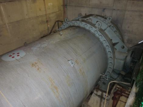 愛川第1発電所水圧鉄管と入口弁