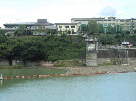 津久井発電所取水塔